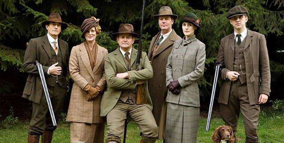 downton abbey cast in field and tweed shooting clothing