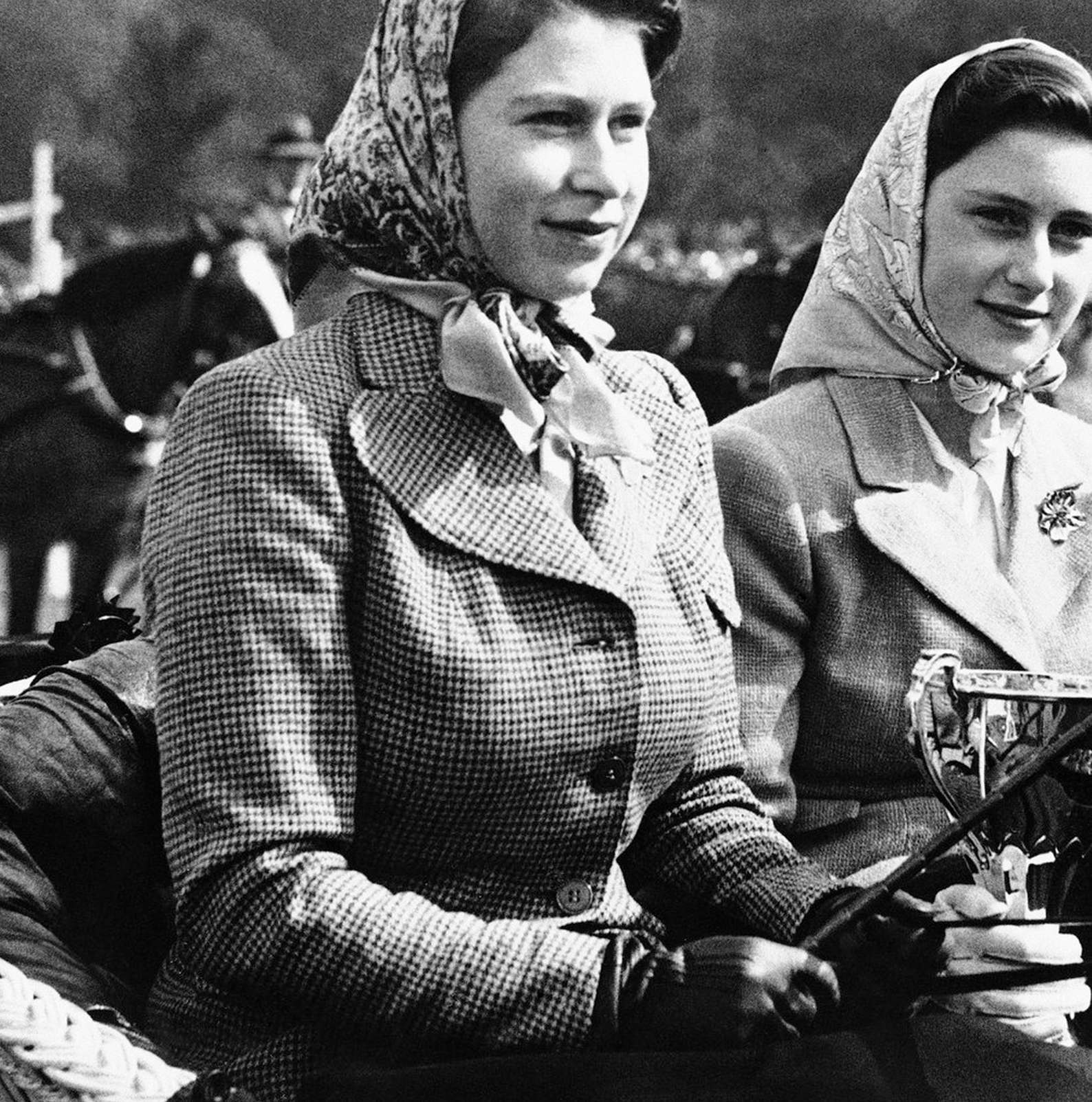 How To Dress Like A Royal Country Woman